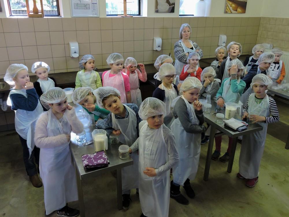 zlef_boter_maken_boerderij_hoekelum06